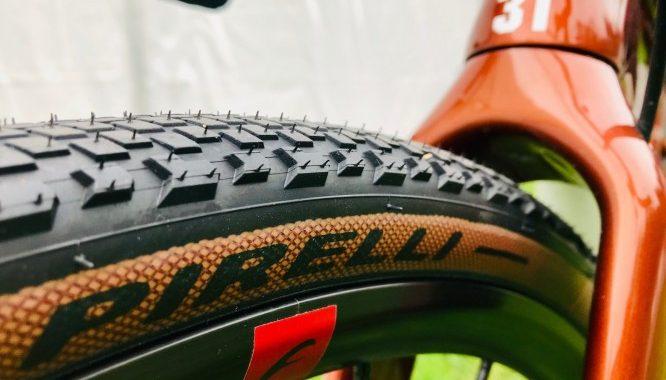 Pirelli presenta il Cinturato Cross & Gravel