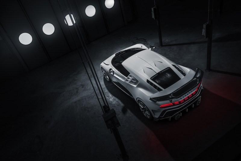 Bugatti Centodieci supera test meteorologici estremi